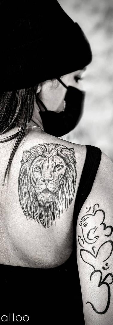 Lion & Elephant Om
