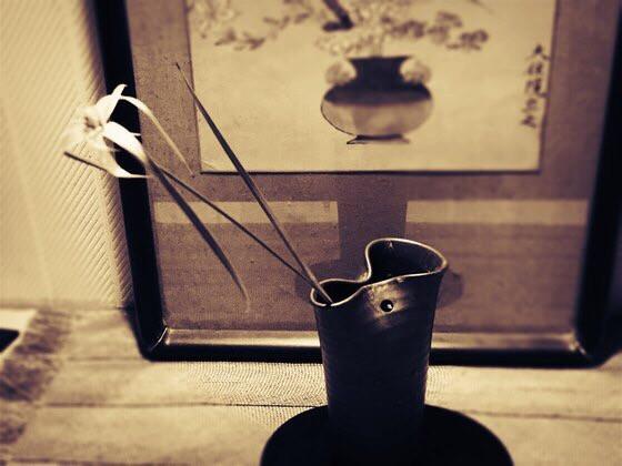 奈良のいけばな教室日記と3分でわかる花 【奈良 日本料理おばな 奈良ウェルネス倶楽部 笹ユリ】