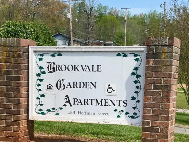 Brookvale sign.jpg