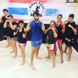 MUAY THAI ADULTO