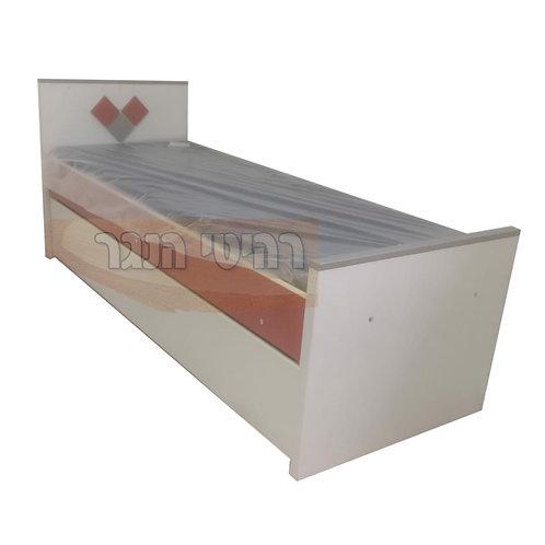 מיטת נוער משולשת צדדים מעוינים רהיטי הנגר