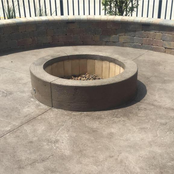 Concrete Firepit & Patio