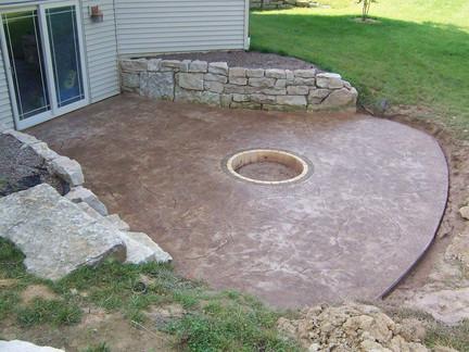 Backyard Patio w/ Firepit