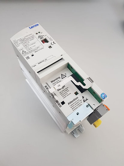Lenze E82EV751_2C 8200 vector Frequenzumrichter