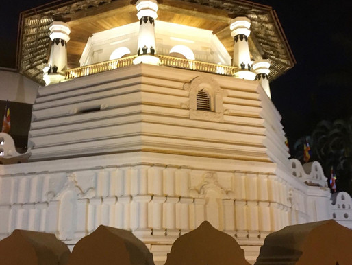 Navam Full Moon Poya Day at the Temple of the Secret Tooth Relic in Kandy - Sri Dalada Maligawa