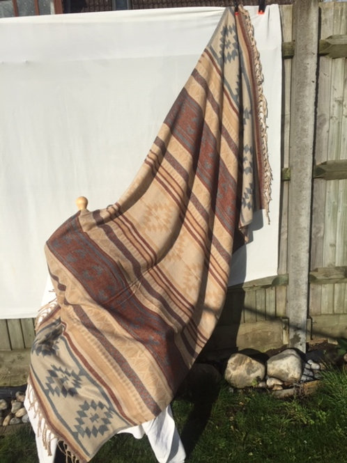 Tibetan Yakwool Shawl Reversible