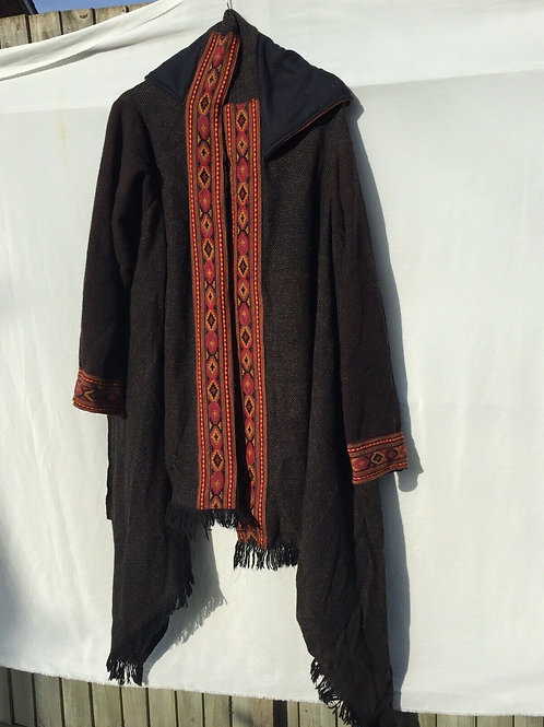 Kamino with hoodie camel wool fabric one size. Black