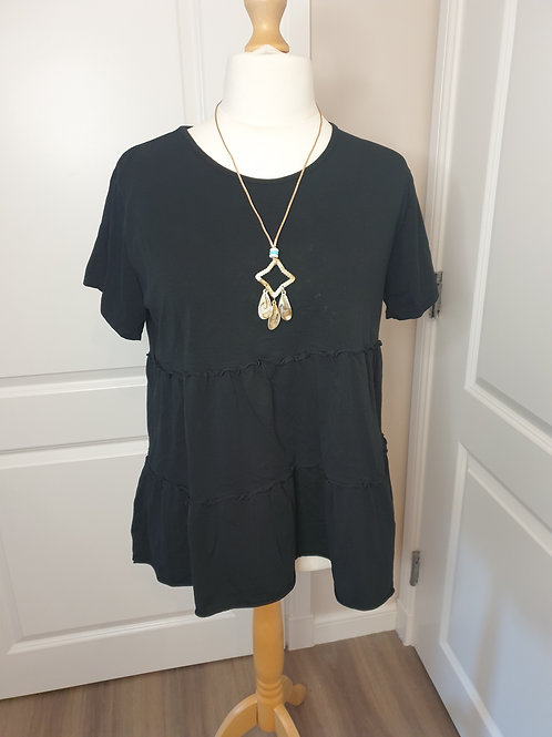 Tiered Top with Necklace