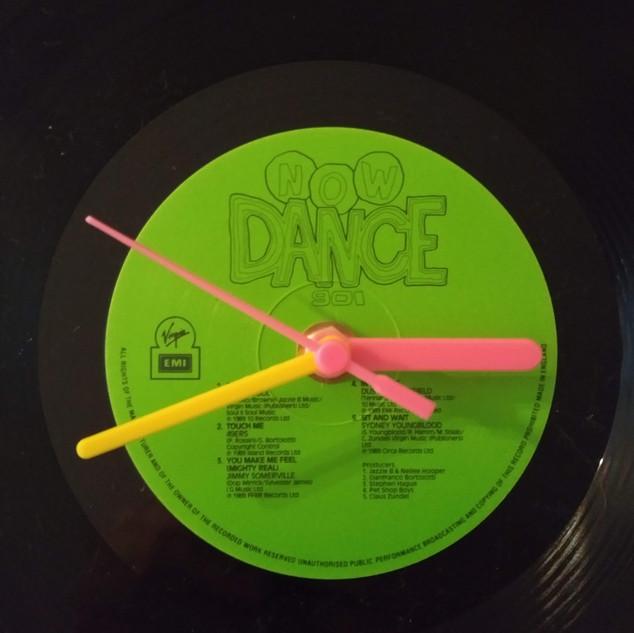 Now Dance 901 Clock