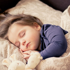 Miega teorijas. Kāpēc mēs guļam?