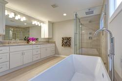 bathroom-remodel-top-notch-remodelers_or