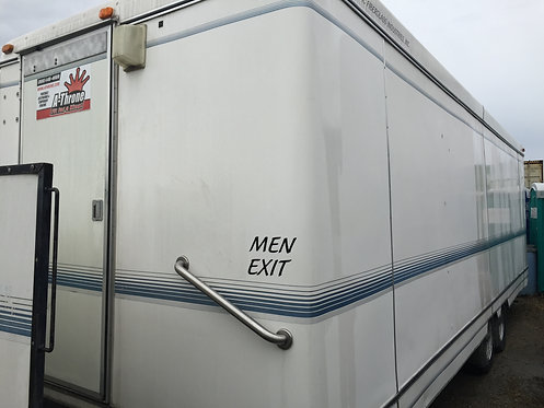 24 FT EXECUTIVE TRAILER