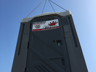 Portable Toilets with Lifting Hooks