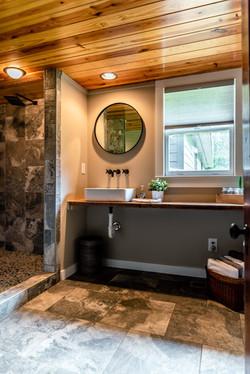 Beautifully updated bathroom