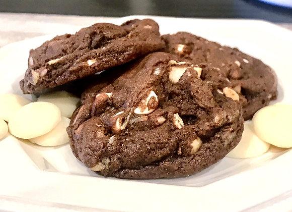 Chocolate w/ White Chocolate Chip & Macadamia Nuts