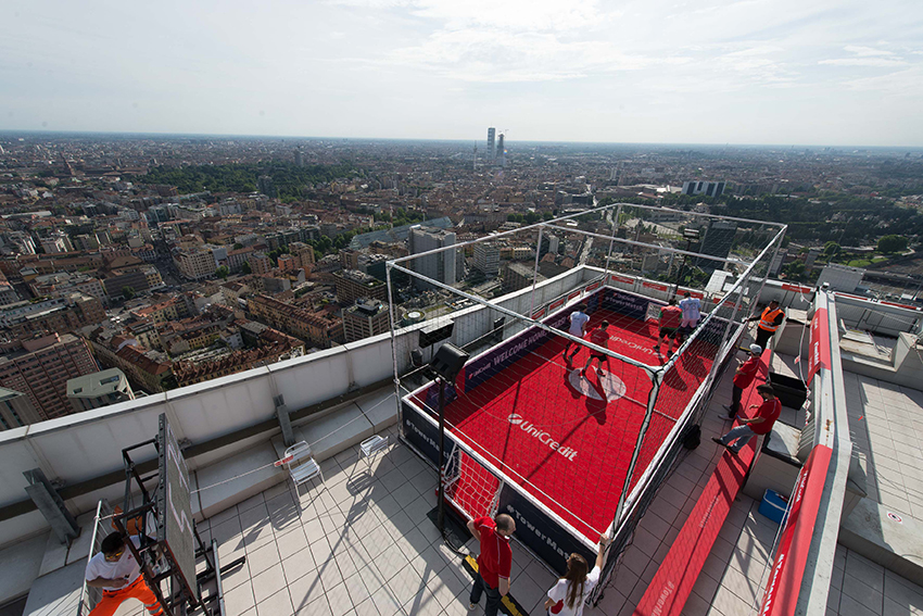 UniCredit, ROOF TOWER MATCH
