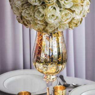 Gold 'Lit up' Vase with Pomander