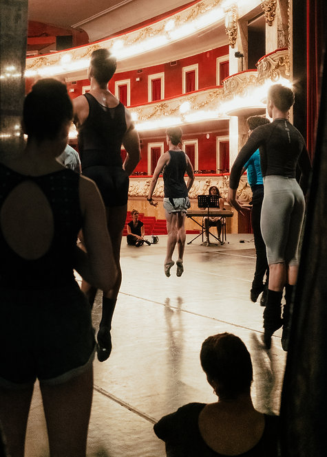 Dancers Jumping During A Class