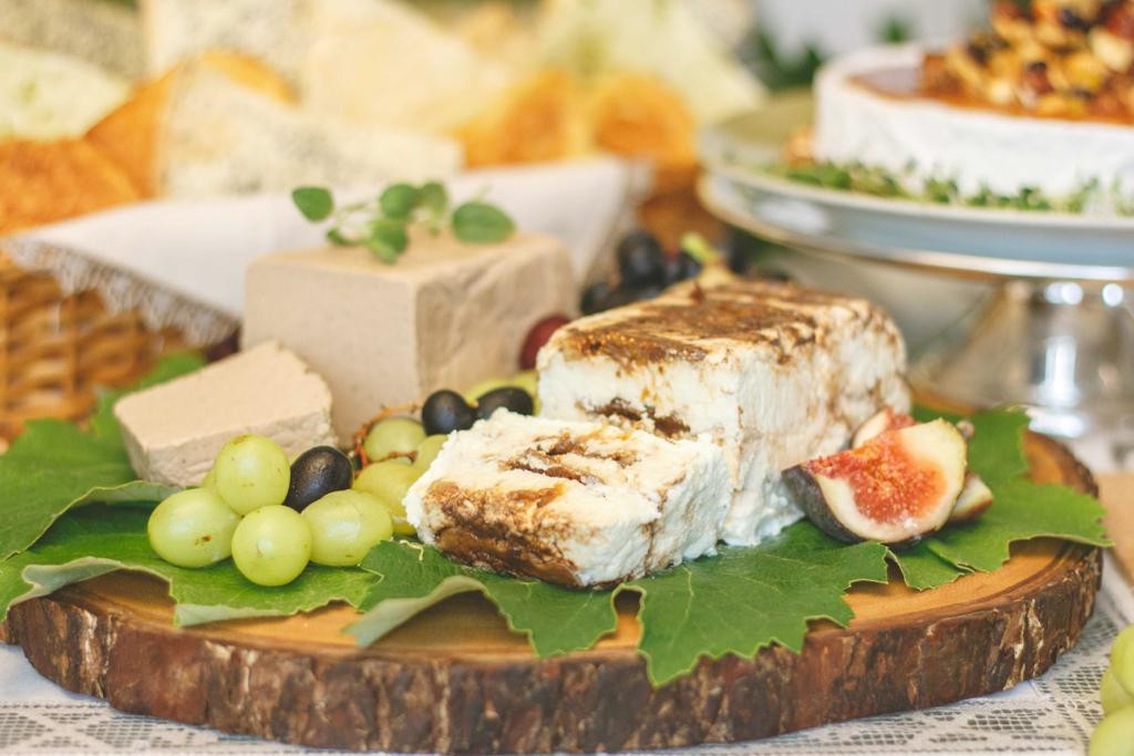Terrine de chèvre com figos turcos glaceados no balsâmico & Bloco de paté de foie maison
