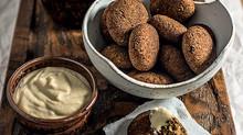 Aprenda a fazer falafel, um clássico da cozinha árabe