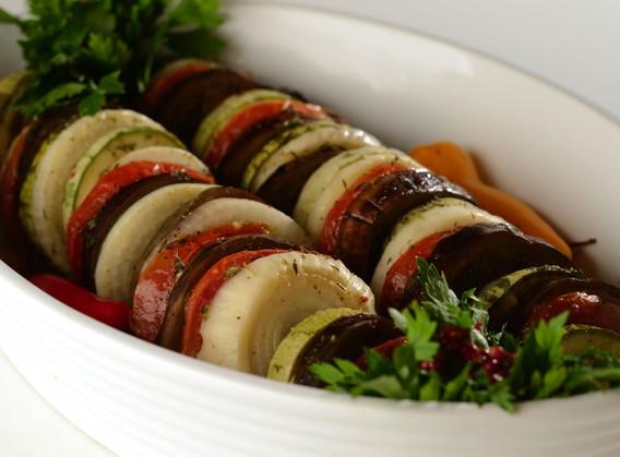 Tian de legumes à mediterrânea.
