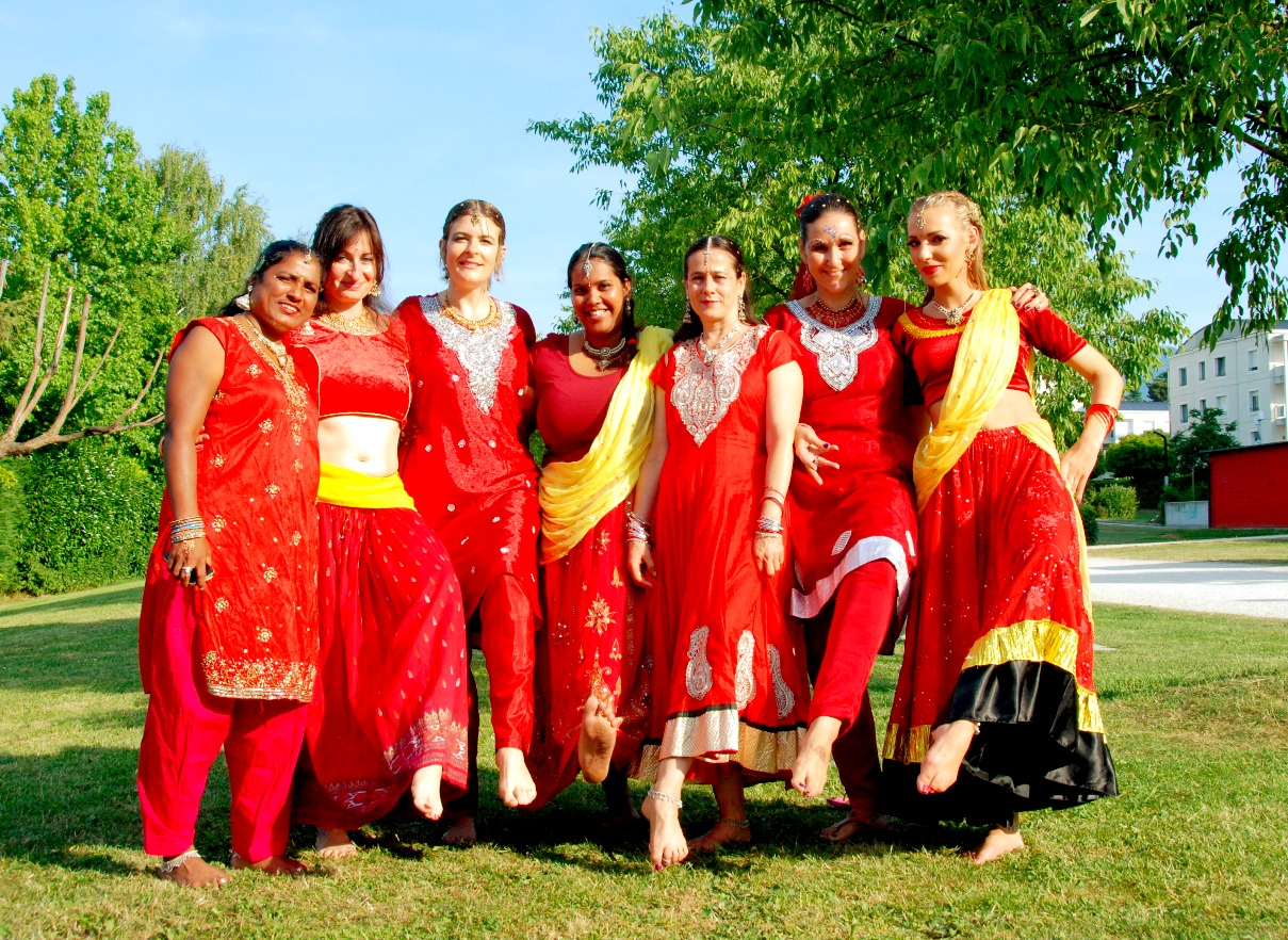 corporate party bollywood