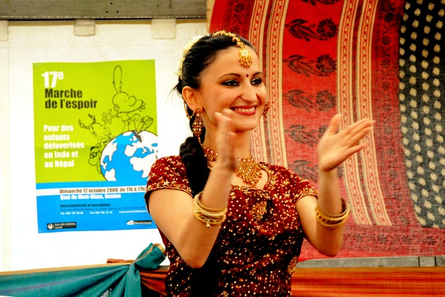 bollywood dance group