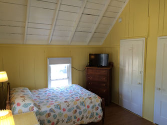 The Flying Seahorse, an Oak Bluffs Beach Cottage