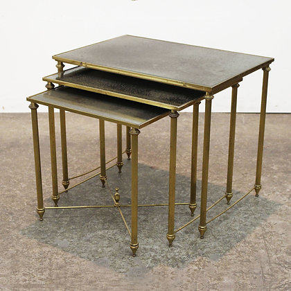 #7386 Nesting Tables with Straight Legs