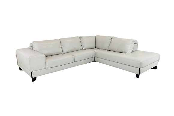 #5609 Pebbled Leather Sectional Sofa
