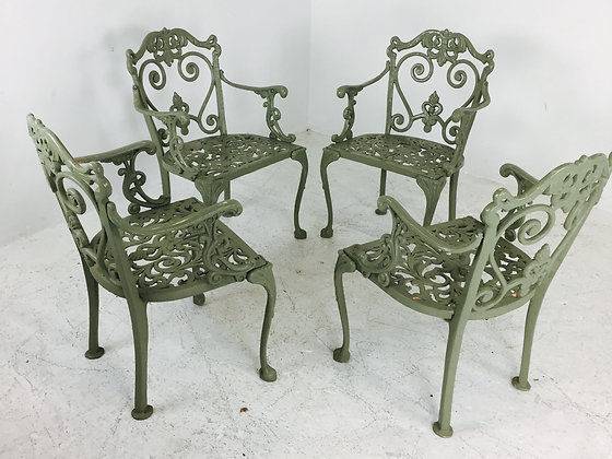 #2655 Set of 4 Outdoor Patio Chairs
