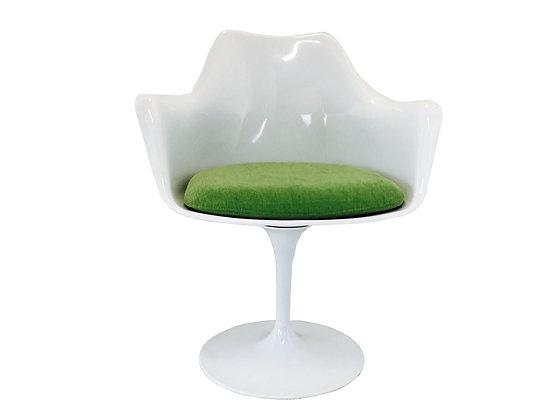 #2967 White Saarinen Style Tulip Chair