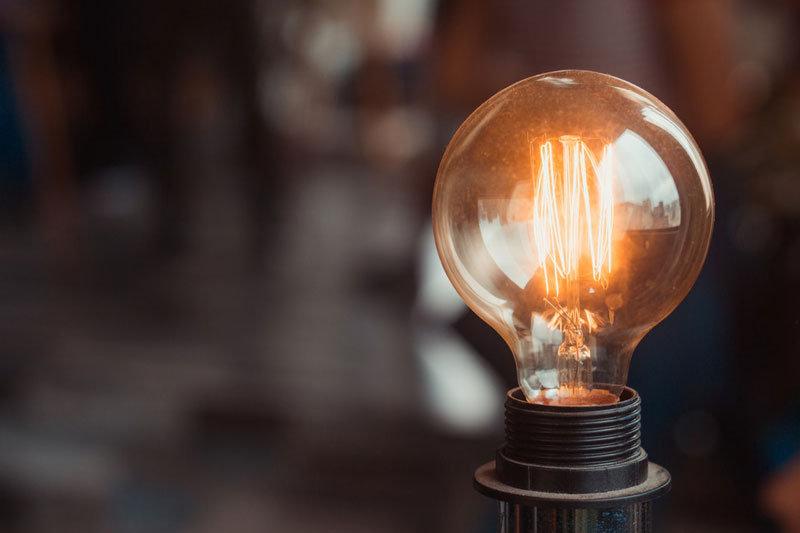 lightbulb800.jpg