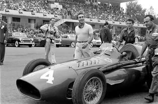Castellotti's Smile: Ferrari & the Italian Grand Prix, 1955