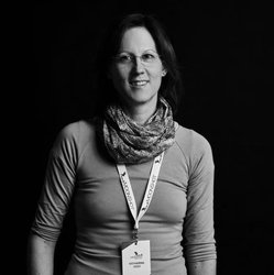 Katharina Geier, Mission Control