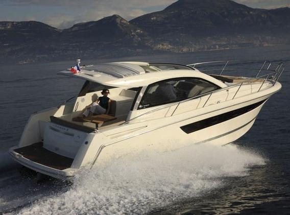 mid_jeanneau_leader_10_motor_boats_croat