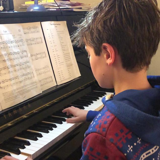 Oscar - Age 9  -Grade 3