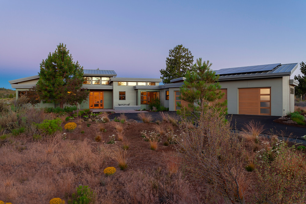 Mid Century Modern home design in Tetherow, Bend OR photographed by Cheryl McIntosh Architectural Photographer