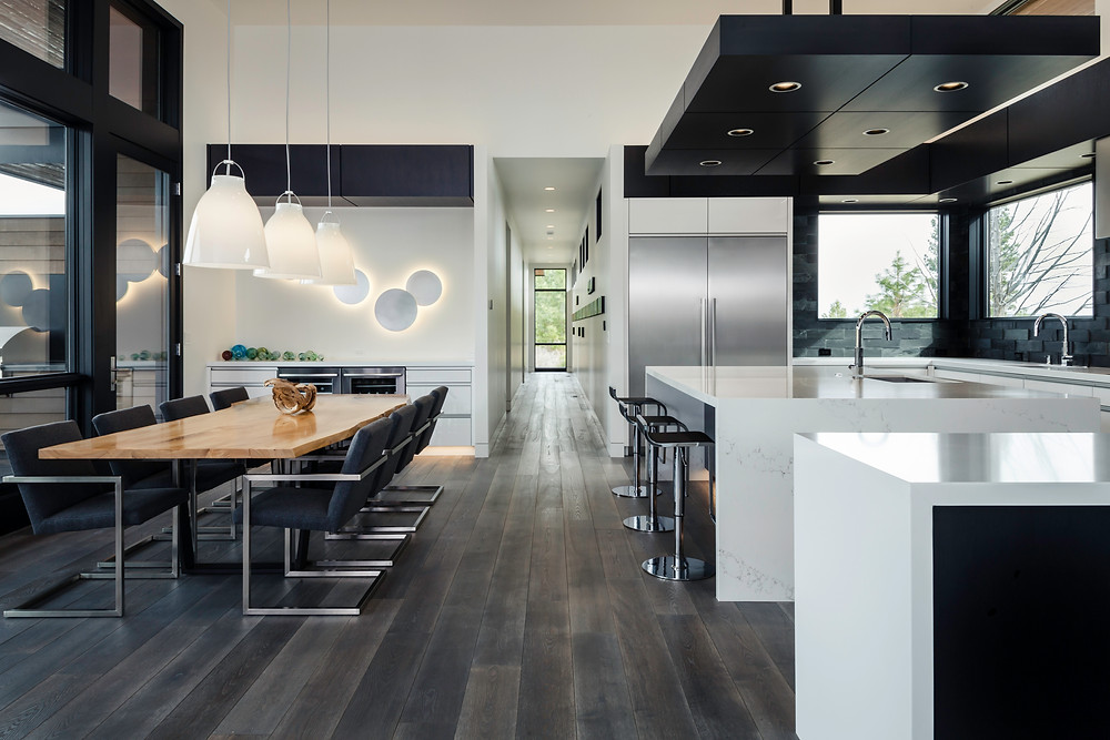 Modern home in Bend, OR photographed by Portland Architectural photographer Cheryl McIntosh