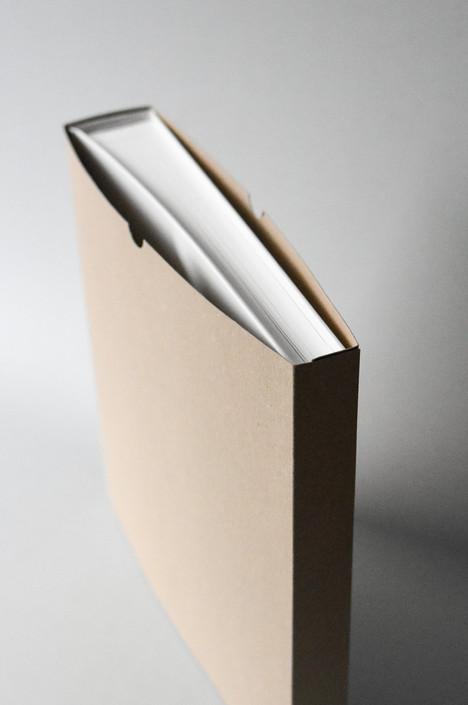 HUG A BOOK 3