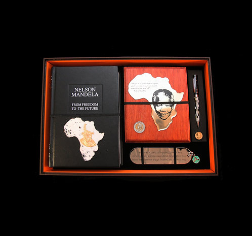 House of Mandela Gentlemen's Set with Freedom to the Future Book