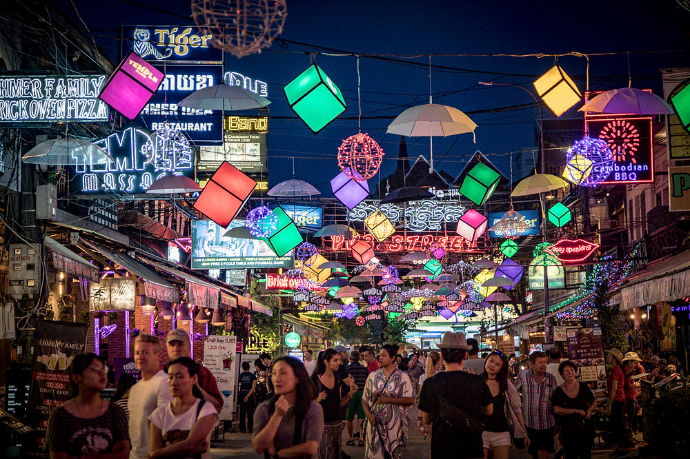 Siem Reap's nightlife is buzzing with a dazzling selection of shops, stalls, bars & restaurants of every description
