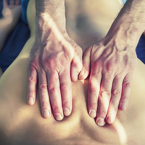Traitement manuel chiropratique