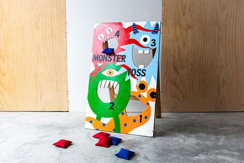 web_GAMES_MonsterMouthToss_3.jpg