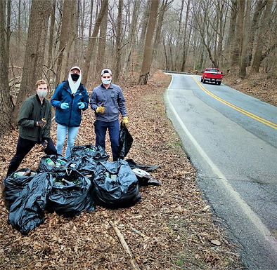 Men on a mission: Three visitors take on one of Anne Arundel's dirtiest habits—littering