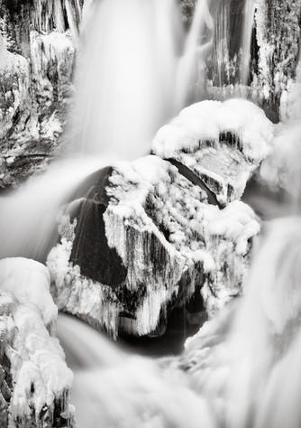 Sveinsstekksfoss Frozen Detail.jpg