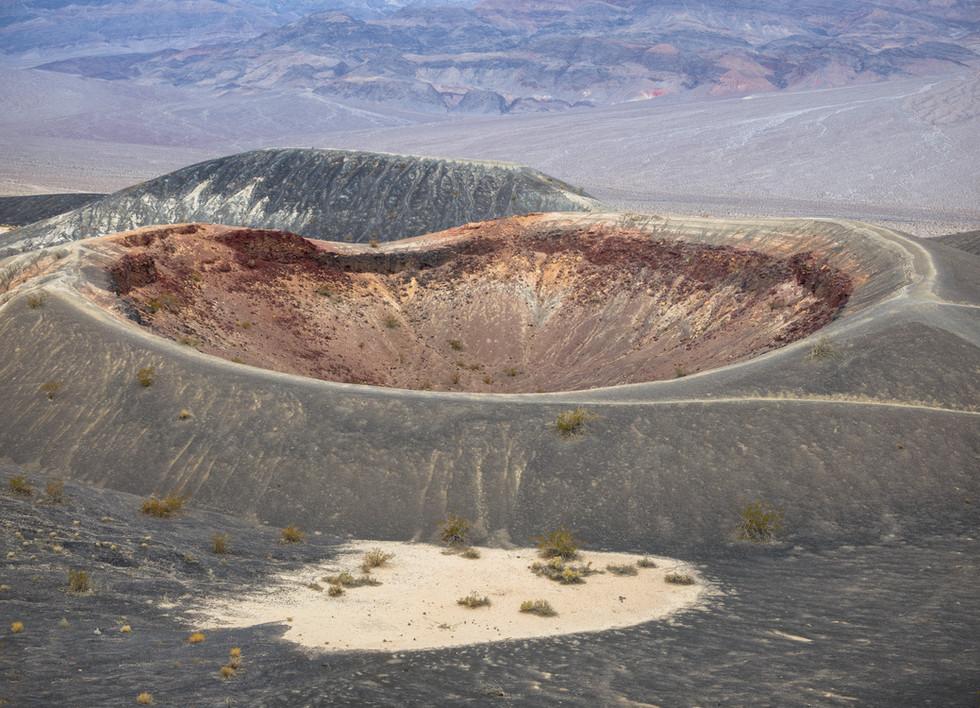 Little Ubehebe Crater.jpg