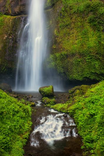 Multnomah Falls-2.jpg