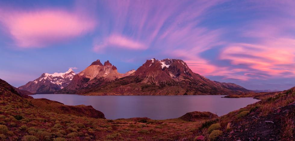 Cordillera del Paine Sunrise.jpg
