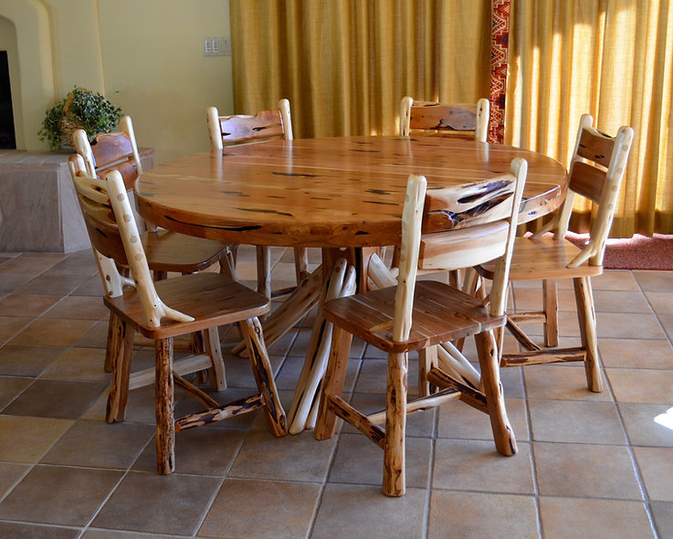 5' Cedar Round Dining Table